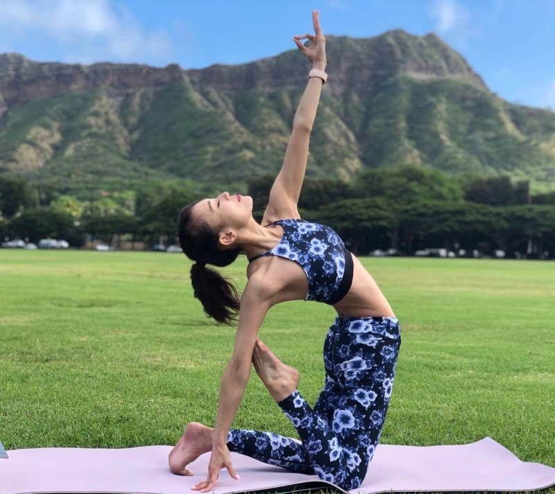 Yoga class : Yui
